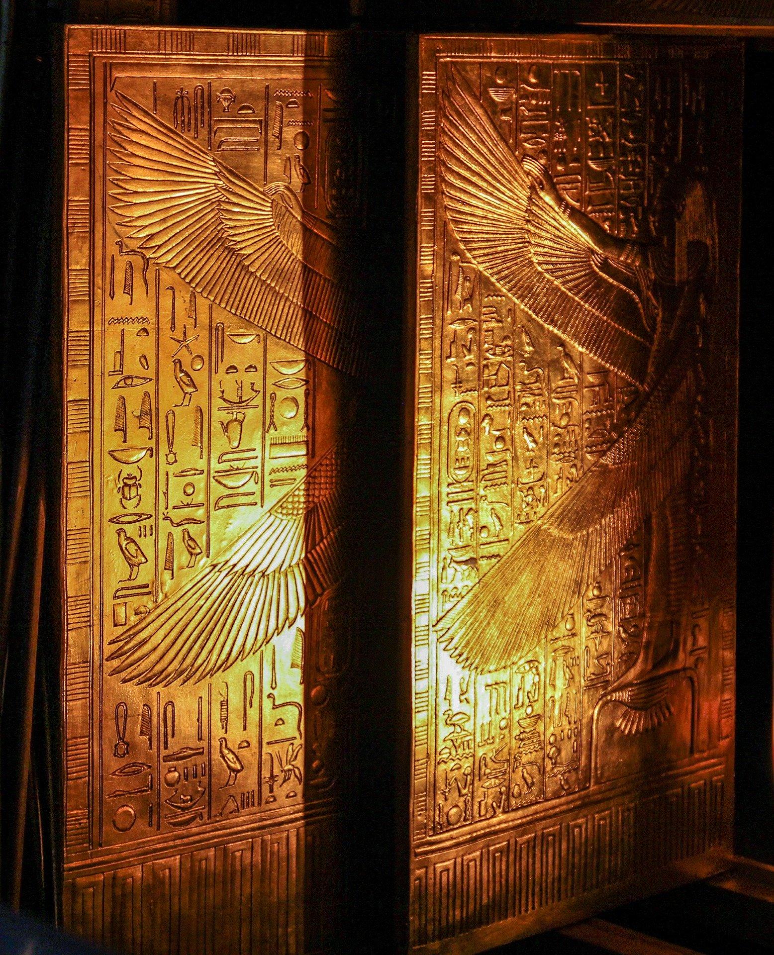 tutankhamun-484704_1920