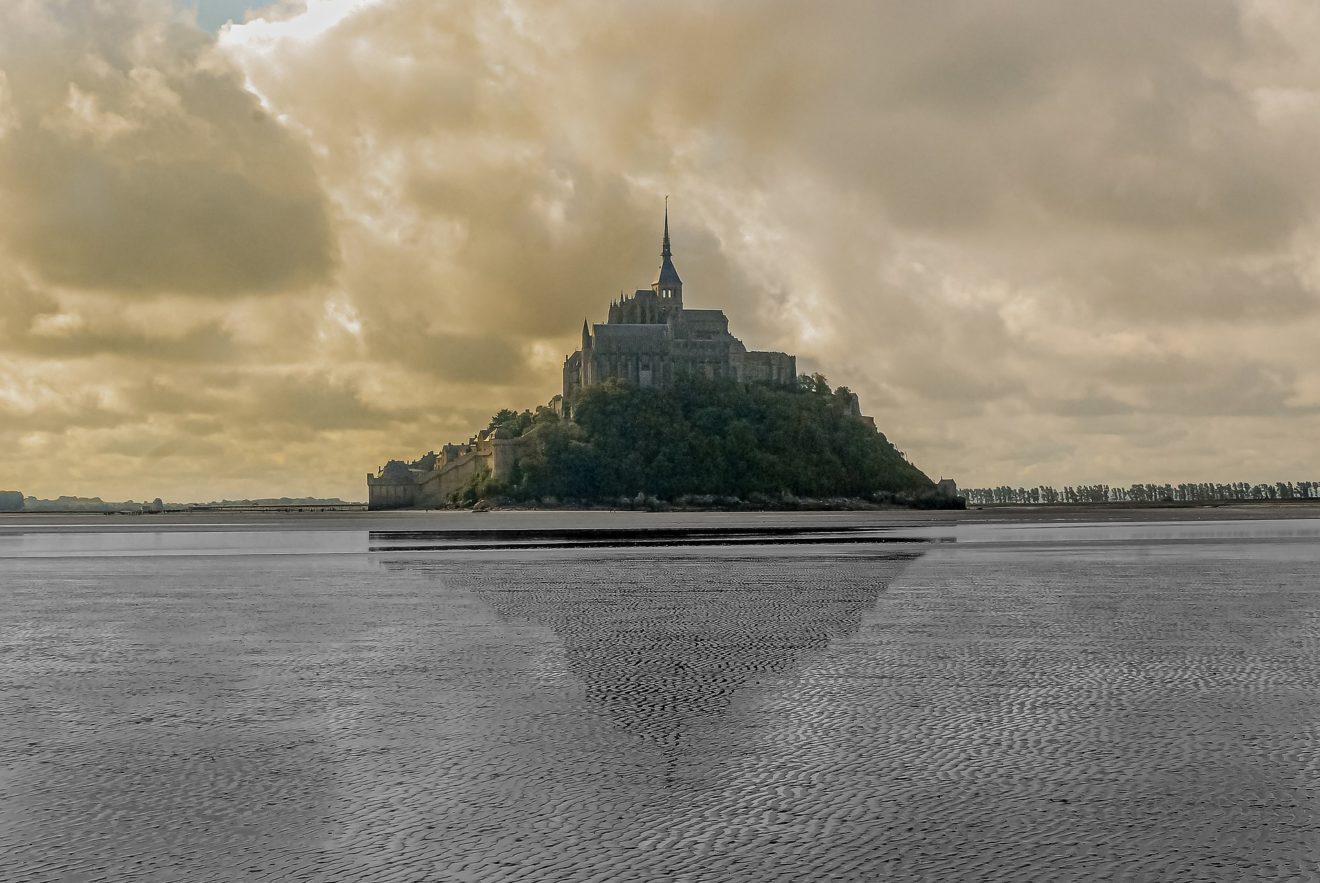 mont-saint-michel-4430224_1920