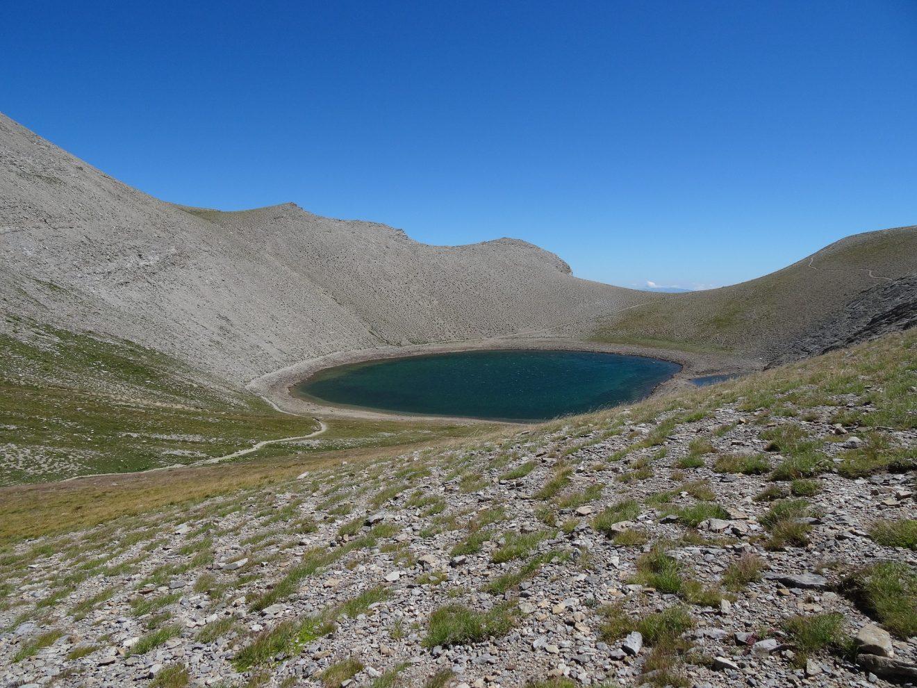 lake-garet-1621891_1920